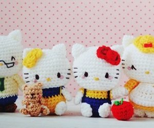 Crochet Hello Kitty Family
